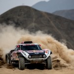 Carlos Sainz nuevo líder del Dakar